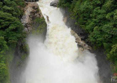トンゴの滝 屋久島